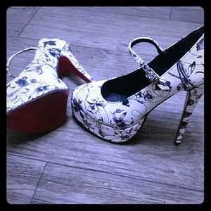 Shoes - Red Bottom size 39 usa 9